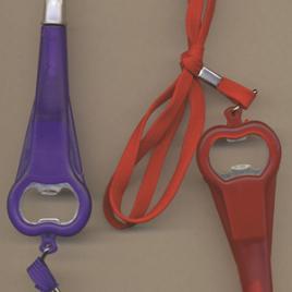 Penna Apribottiglie con laccio da collo refil blu, Art. 135 con stampa del tuo logo