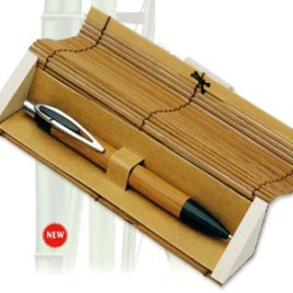 Penna a sfera con astuccio in bambù , Art. 142 con stampa del tuo logo