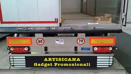Paraschizzi posteriore per camion in gomma, Art. 377 con il logo della tua azienda